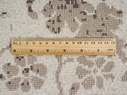 Kilimas iš kolekcijos JABU SILK 60 C755-X634 1,63 x 2,31 2, Vilna, kartu su 60% natūraliu šilkų padaro kilimą labiau ryšku