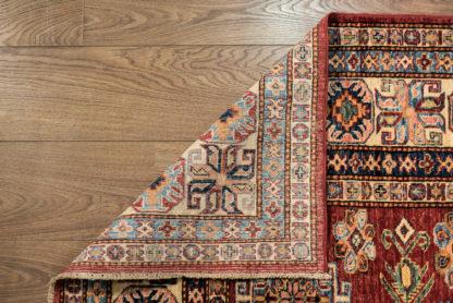 Kaukazietiško dizaino kilimas Kazak 82095 RED-IVR d